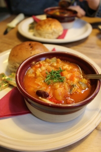 Minestrone soup with warm bread